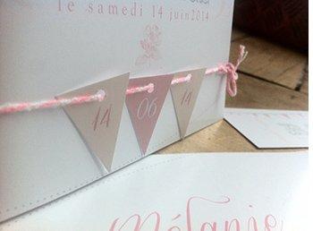 fairepart-mariage-retro-romantique-rose-blanc-ivoire-fanion
