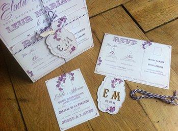 fairepart-mariage-vignes-vintage-prune-beige-baker-twine