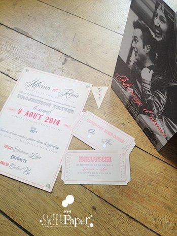 fairepart-mariage-vintage-theme-cinema-corail-rouge-kraft-cordelette