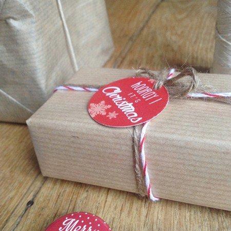 etiquette-noel-cadeau-rouge-blanc