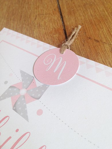 10-fairepart-bapteme-naissance-rose-poudre-retro-triangle