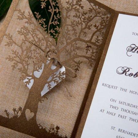 faire-part-mariage-pochette-cisele-decoupe-laser-cut-arbre-bronze-irise-nature-champetre-blanc-coeur