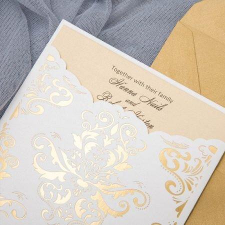 faire-part-mariage-pochette-cisele-decoupe-laser-cut-baroque-chateau-princesse-elegant-glamour-chic-dorure-or