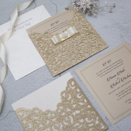 faire-part-mariage-pochette-cisele-decoupe-laser-cut-elegant-glamour-chic-paillettes-or-glitter-strass-chateau-princesse-WPL0070G