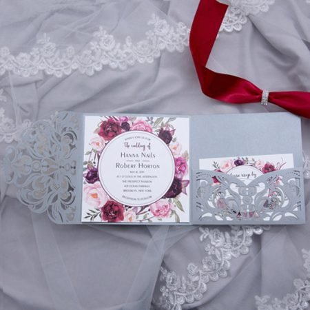 faire-part-mariage-pochette-cisele-decoupe-laser-cut-elegant-glamour-chic-pocketfold-pockart-gris-argent-satin-strass